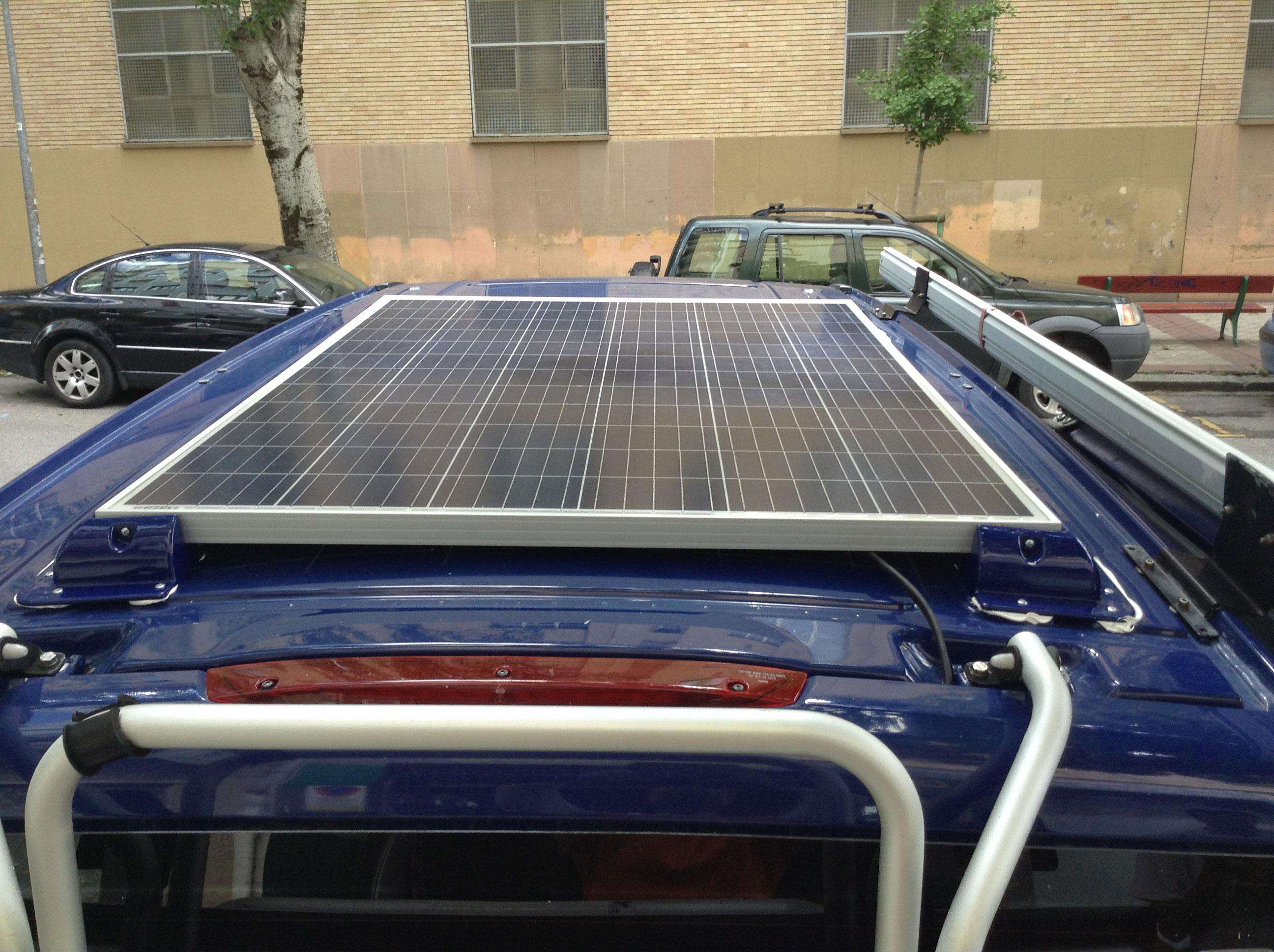 ejemplo placa solar furgoneta